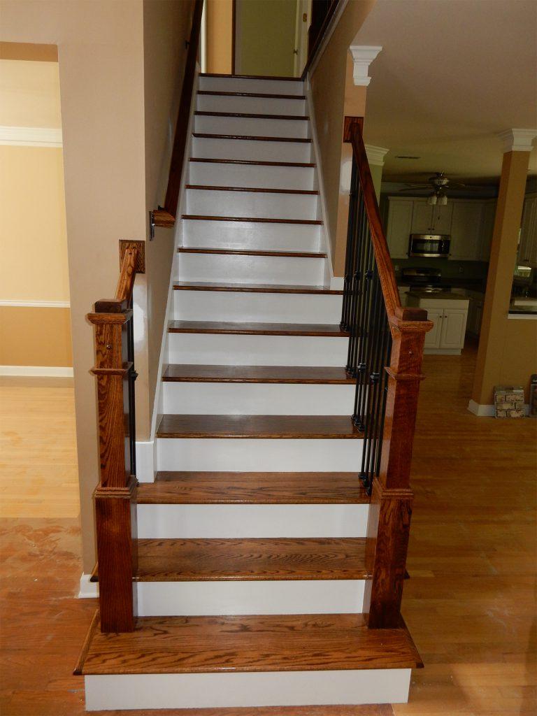 Custom Staircase Suwanee